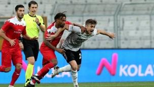 Beşiktaş, evinde Antalyaspor'la 1-1 berabere kaldı