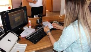 Ehliyet bilgileri çipli kimlik kartlarına yüklenmeye başlandı
