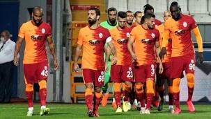 Fatih Terim, G.Saray'ı FIFA'ya şikayet eden Belhanda ve Feghouli'yi kadro dışı bırakıyor
