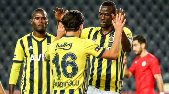 Sivas Belediyespor'u 4-0 yenen Fenerbahçe, kupada tur atladı