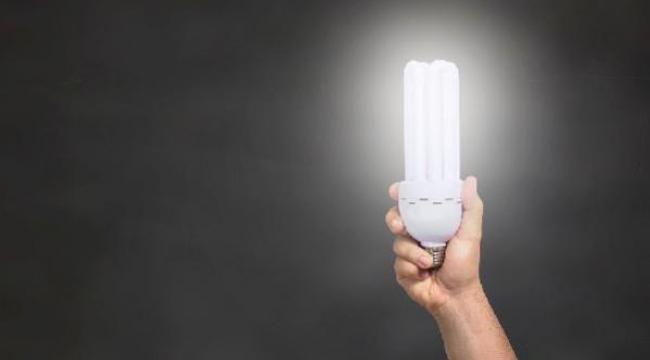 Ultraviyole ışığı yayan LED ışıkların, koronavirüsü öldürdüğü ortaya çıktı