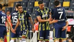 Fenerbahçe 3 futbolcunun üzerini çizdi: Lemos, Dirar ve Ademi ile yollar ayrılıyor