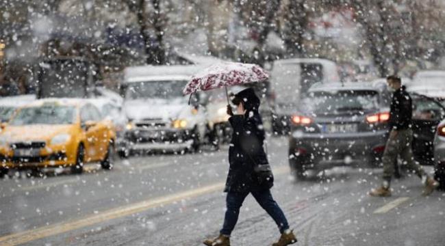 İstanbul Valiliği'nden kar yağışı uyarısı: Pazartesi gününe kadar sürecek