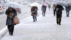 Meteoroloji'nin haftalık tahmin haritasına yansıdı, İstanbul'da cuma günü kar ve karla karışık yağmur bekleniyor