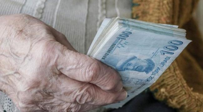 Milyonlara bayram ikramiyesi müjdesi: Emekliye 2.000 TL! .