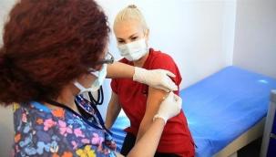 Türkiye genelinde aşılanan sağlık çalışanı sayısı 200 bini geçti