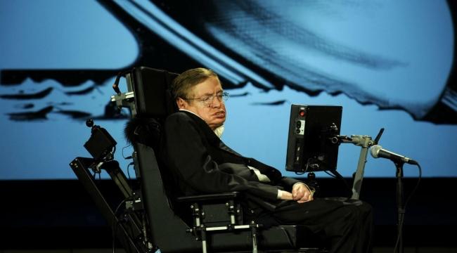 Uzaylılara İnandığı İçin Alay Bile Edilen Dahi Fizikçi 'Stephen Hawking' Kimdi ve Neler Başardı?