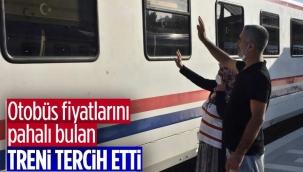 İzmir'de tatilcilerin tercihi tren oldu