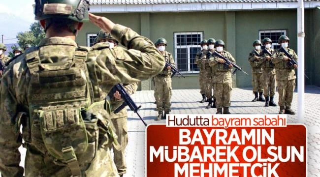 Mehmetçik Kurban Bayramı'nı nöbette geçiriyor