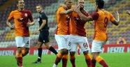 Fatih Terim Falcao, Arda ve Luyindama'yı Neftçi Bakü maçında kulübeye çekecek